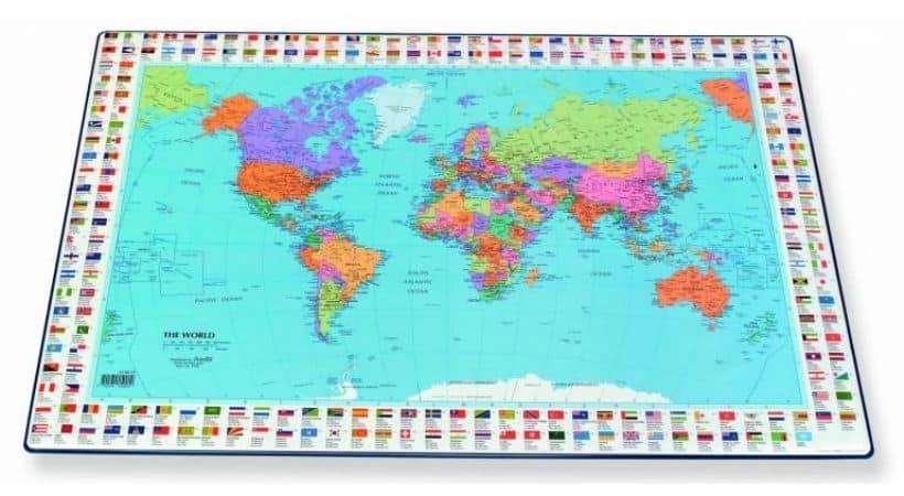 Skriveunderlag med verdenskort