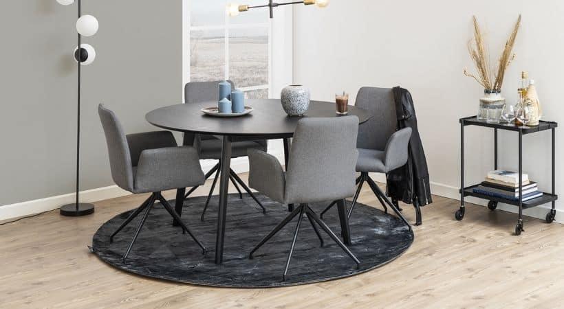 Rundt og sort egetræsbord