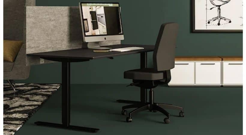 Elektrisk hæve-sænke skrivebord