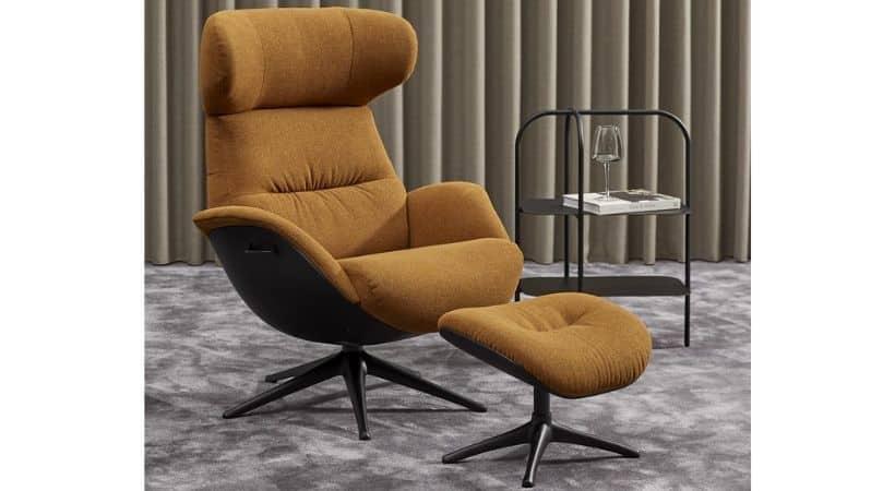 Gul lænestol med høj ryg