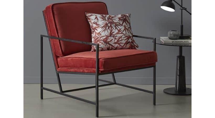 Rød lænestol - Let & moderne