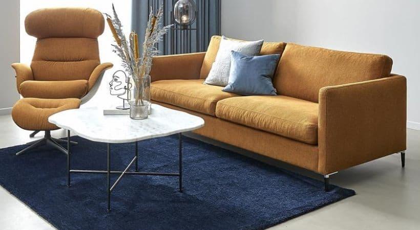 Stort hvidt sofabord i marmor