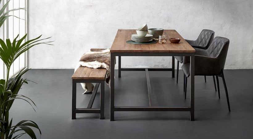 Plankebord i elm - Passer perfekt sammen med bænk