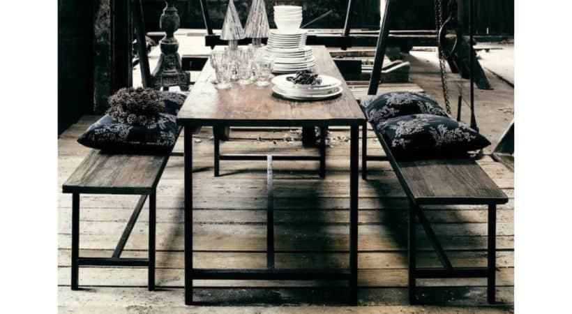 Råt og rustikt plankebord i massivt genbrugstræ - 180 cm
