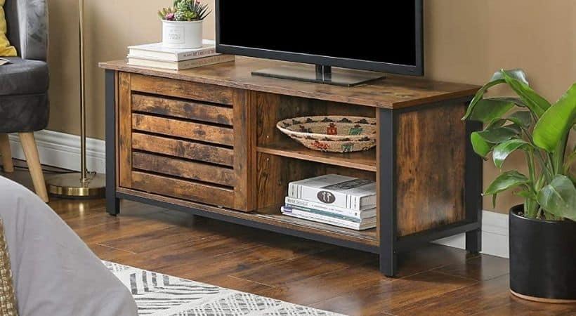 Smalt TV-bord i rustikt design