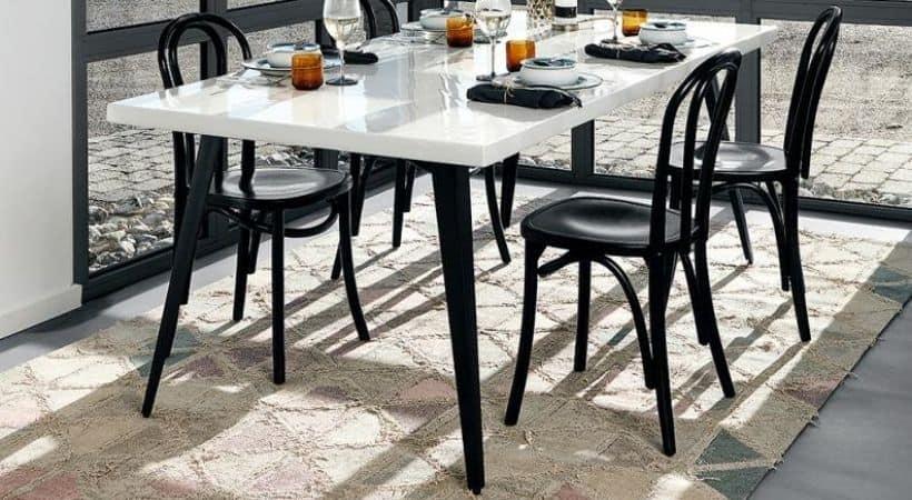 Spisebord i hvid højglans - Nordal
