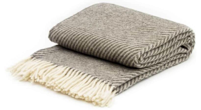 Læsø uldplaid - Stort og blødt tæppe i uld