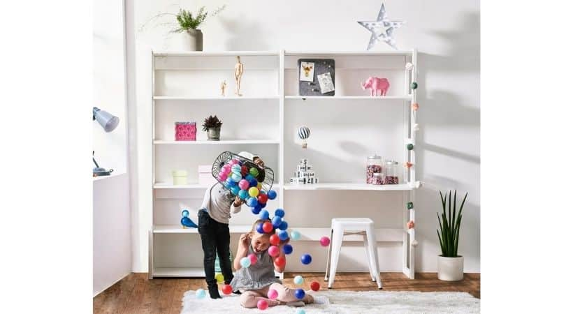 Reolsystem med skrivebord - Perfekt til børneværelset