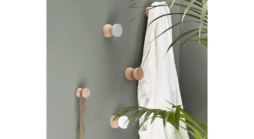 Træknop - Knage i træ med form som knop