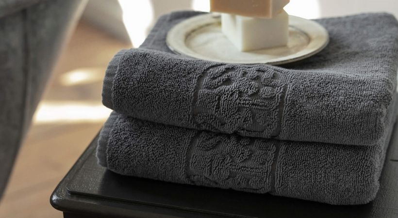 Gråt badehåndklæde - Georg Jensen Damask