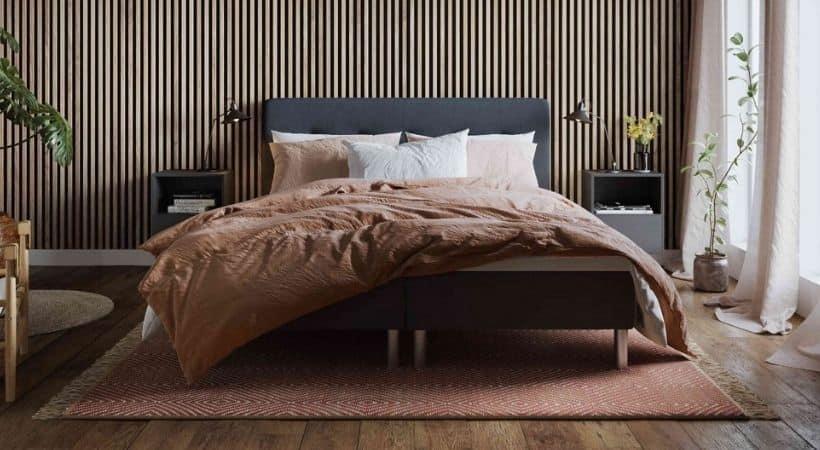 Atlas - Komfortabel seng med solid træramme (svensk fyrretræ)