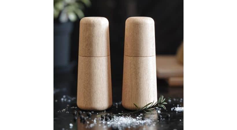 Salt- og peberkværn i træ - Eg