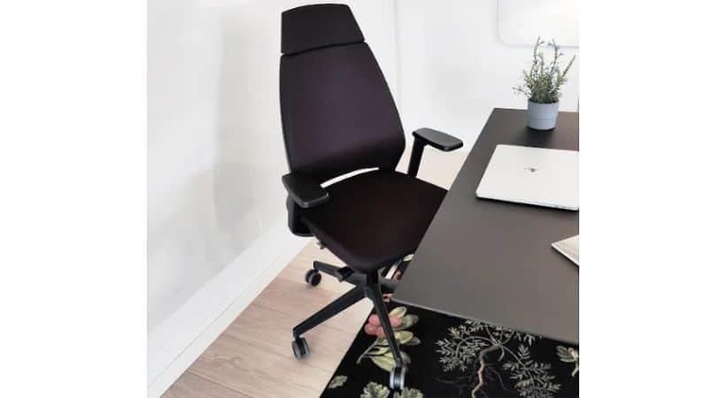 Infinity - Moderne ergonomisk stol med armlæn og nakkestøtte
